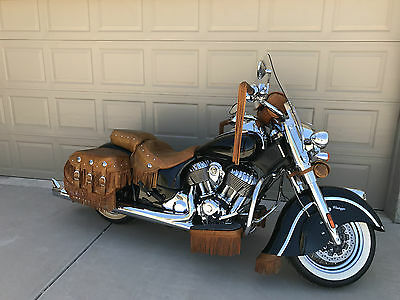 2014 Indian CHIEF VINTAGE  2014 INDIAN MOTORCYCLE - VINTAGE LIMITED EDITION # 925 of 1901