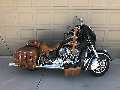 """2014 Indian CHIEFTAIN  2014 INDIAN MOTORCYCLE - CHIEFTAIN THUNDER BLACK """"#686 of 1901"""""""