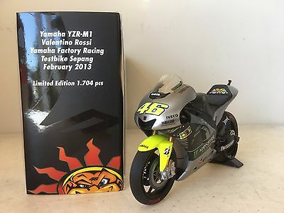 Minichamps Rossi 2013 Yamaha Sepang Test LE 1/12 Limited Edition