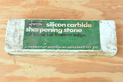 Vintage NORTON sharpening stone silicon carbide dual old hand tool plane chisel