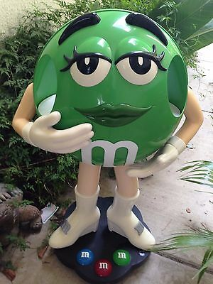 3 Ft M&m Store Display.....green  ..(On Casters)