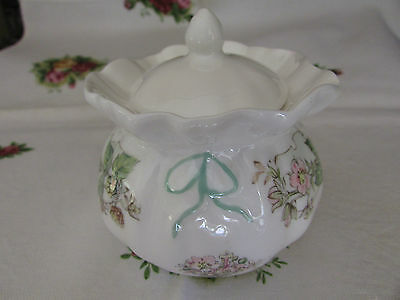 Royal Doulton Brambly Hedge Dorothy Pot Summer Made in England 8cm x 8cm
