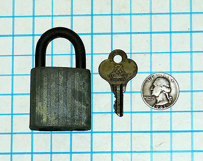 Genuine Vtg Antique Old Eagle Lock Co Pin Tumbler Padlock and A36A206 Brass Key