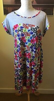 Peter Alexander Size Large Floral Nightie