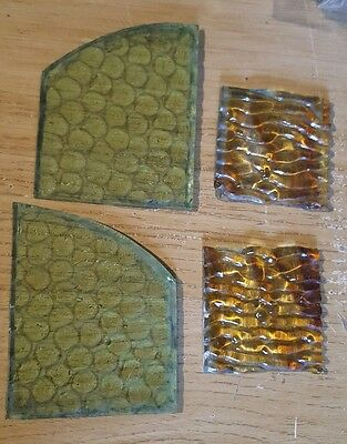 4 x small Old pieces of patterned glass for spares/crafts