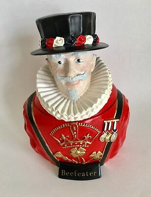 Vintage Beefeater Gin Ice Bucket Red Plastic Man With Hat