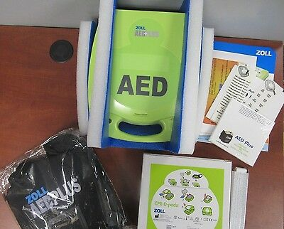 Zoll Medical AED + Plus with Pads and Carrying Case - 8000-004007-01 [25E]