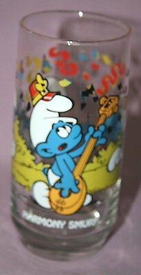 Vintage Harmony Smurf Glass 1983 Wallace Berrie Collectible