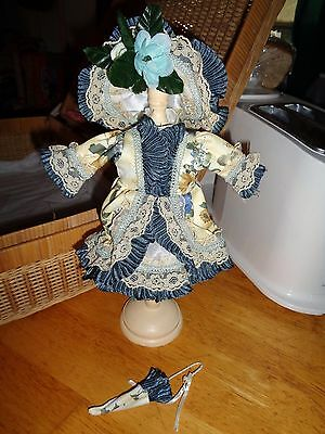 "3 Piece Used Victorian Doll Ensemble-10""/12"" Girl Dolls-Hat,parasol&dress"