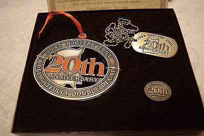 Hooters Restaurant 20th Anniversary Celebration Keepsake/Collectable.with COA