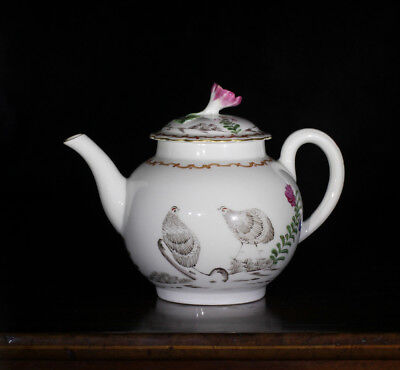 Worcester teapot with 'Pencilled Quail' pattern, c. 1778