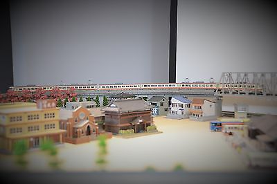 Tomix N scale Electric Train Set, 6 coaches (294)