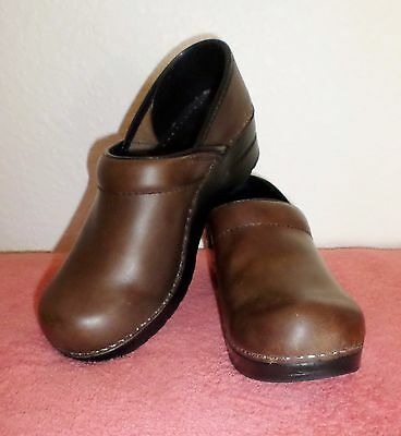 Women's Dansko Shoes-Size:38 -Brown  Leather-Pre-Owned
