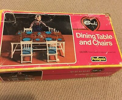 Sindy Dining Table And Chairs Christmas 1977