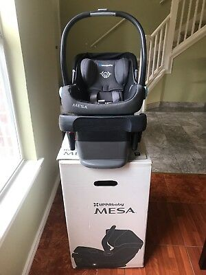 EUC UPPAbaby MESA Infant Car Seat And Base, Jake Black 2016 model.