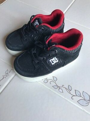 Toddler Boys DC Shoes Sneakers black With Red Slip on Size 5