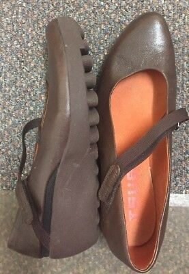 Tsubo Wedge Heel Mary Jane Brown Leather Shoes Womens Size 7