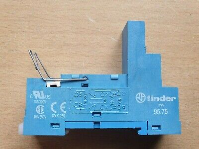Finder Type 95.75 Socket, 10A 250Vac for 40.52, 40.61, 44.52, 44.62, 40.51 Serie