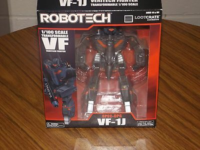 New Loot Crate exclusive DX Robotech Spec Ops VF-1J Transformable Toynami
