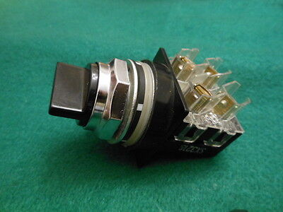 General Electric Selector switch CR104PSG94B91