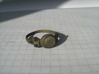 Ancient bronze ring with stone (236)