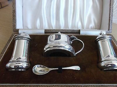 Boxed Solid Silver 4 Piece Cruet Set Birmingham 1958