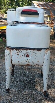 Vintage Maytag Wringer Washer Gyrator Washing Machine Square
