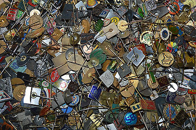 YUGOSLAVIA mixed unsorted advertising lot - 100 old vintage stick pin badges