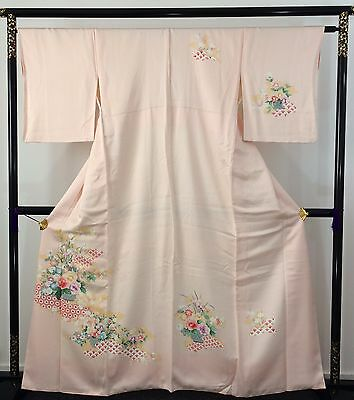 Authentic Japanese pink silk kimono for women, flowers, M, Japan import (AB1631)