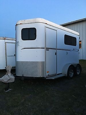 2002 COTNER ROYAL 2 HORSE TRAILER -w/ TACK BOX / NICE CONDITION / EXTRA TALL!