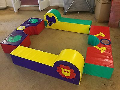 Soft play equipment animal design excellent condition