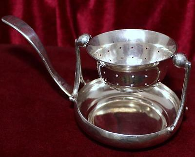 UNIQUE 900 Silver Swinging Tea Strainer with Removable Drip Bowl from Chile