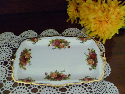 OLD COUNTRY ROSES SANDWICH TRAY 29cms LONG X 17cms WIDE BY ROYAL ALBERT ENGLAND