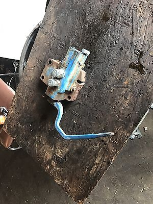 Ford 3000 Tractor Hydraulic Selector Valve
