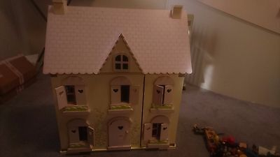 Wooden Doll House - including dolls and furniture
