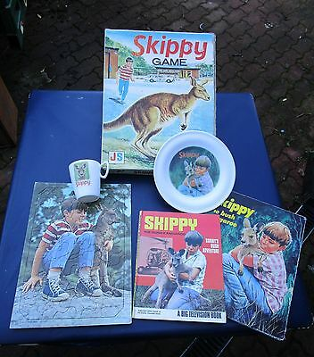 Vintage Skippy The Bush Kangaroo Tv Series Collection 1960`s Cup Plate Book