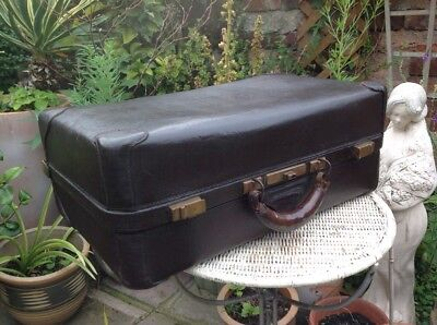 Antique 19C Leather Gladstone Doctors Suitcase Great Patina Shop Display.