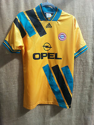 Adidas Bayern Munich Away Shirt 1993-5 Size Small good condition