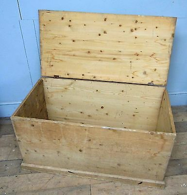 Large Reproduction pine Chest / Trunk