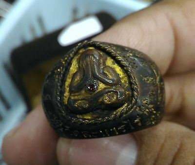 Miracle carved black ring lp.Tim Wat rahanrai rare magic amulet lucky excellent