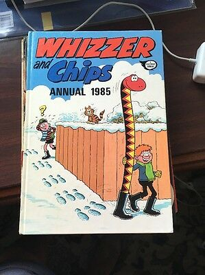Whizzer And Chips Vintage U.K Comic Annual 1985 - clipped