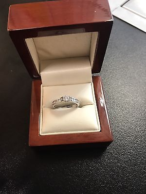 Stunning 18ct White Gold Diamond Solitaire Engagement Ring Size M