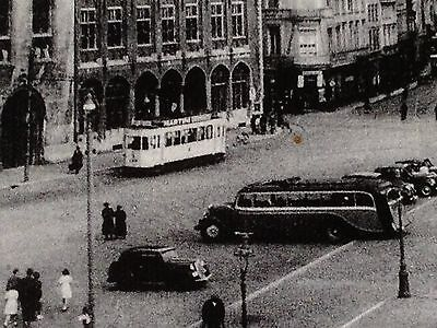 2 Cp-Pk-Ak : Brugge 1900 Grand'place - Auto's Tram Voitures Animation