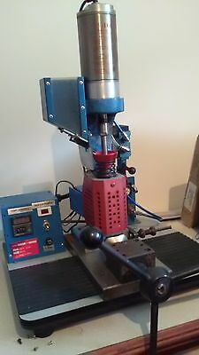 Plastic Injection Moulding Machine benchtop model semi-automatic