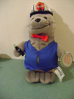 Coca Cola Bean Bag Plush Seal in Delivery Outfit 1998 New + Tag Style #0170