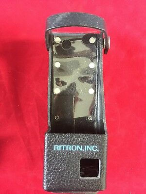 RITRON HANDHELD RADIO LEATHER HOLSTER W/ STRAP ON SWIVEL BELT LOOP 7½ x 2¾ x 1⅝