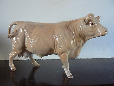 Beswick Charolais Cow model number 3075A