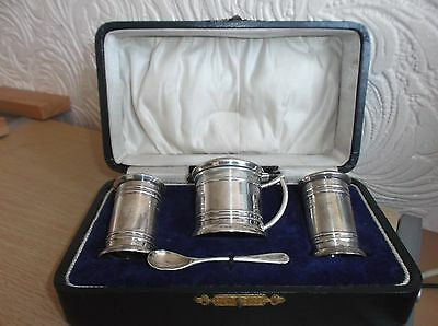 Boxed Solid Silver 4 Piece Cruet Set Birmingham & Chester 1945