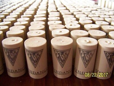 Vendange Used Synthetic Wine Corks - Crafts Projects - 485 total