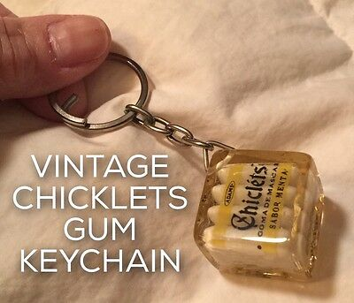 🌀true vtg CHICKLETS GUM Lucite Keychain (Old Dental Office Toy) c.1964